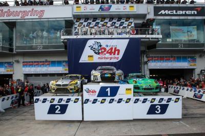 24h nurburgring porsche 3e et vainqueur de classe