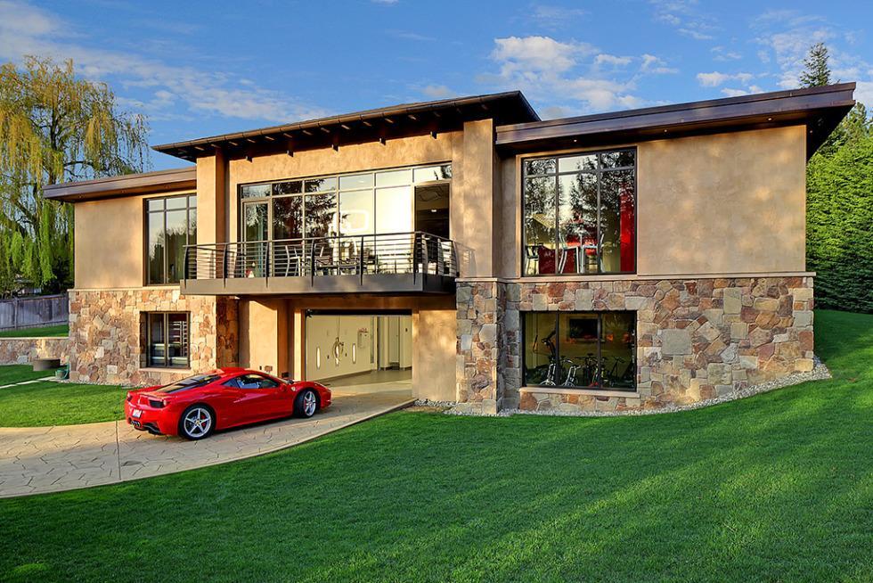 La maison rêvé du passionné d\'automobiles