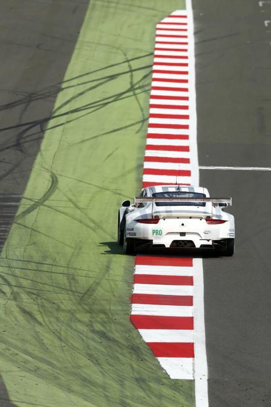 Porsche 991 RSR pilotée par Makowiecki et Pilet