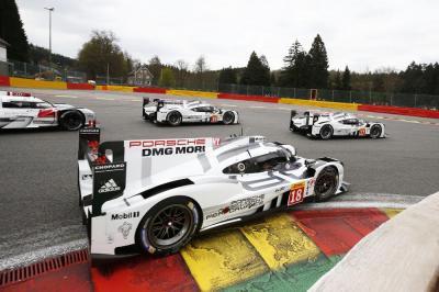 Porsche 919 Hybrid #17 Bernhard, Hartley, Webber, #18 Dumas, Jani, Lieb, #19 Bamber, Huelkenberg, Tandy