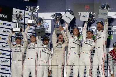 Porsche Team 18: Romain Dumas, Marc Lieb, Neel Jani, Andreas Seidl, Team Principal Porsche Team, Porsche Team 17: Timo Brendon Hartley, Bernhard, Mark Webber