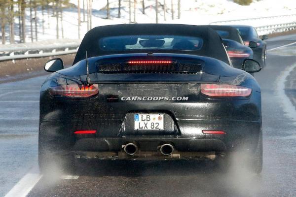Porsche 911 convertible special 1