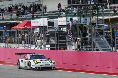 Porsche 911 rsr earl bamber fre de ric makowiecki