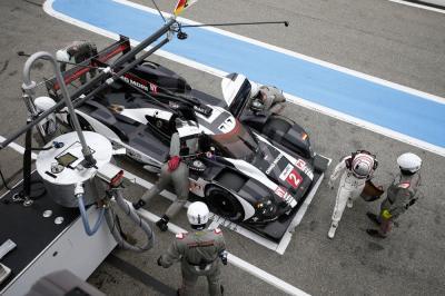 Porsche 919 hybrid dumas jani lieb