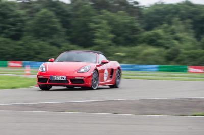 Porsche distribution roadshow 1