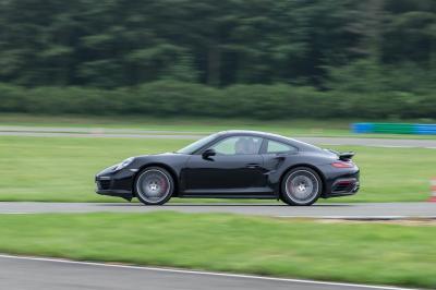 Porsche distribution roadshow itw 8