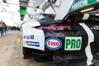 Porsche esso