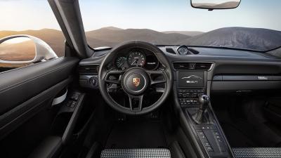 Porsche gene ve 2016 911 r 6
