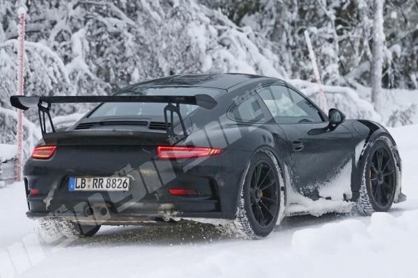 Porsche gt3 rs 6