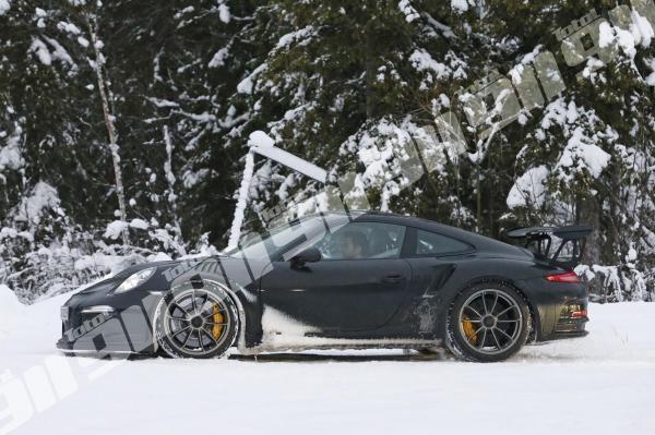 Porsche gt3 rs 8