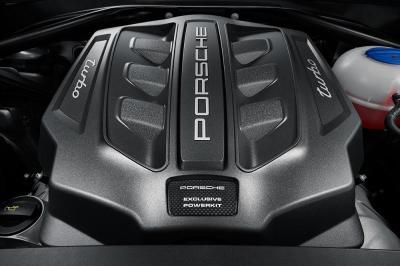 Porsche macan turbo avec pack performance 1