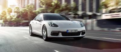 Porsche panamera 4 e hybrid 3