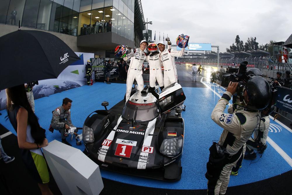 Porsche team hartley bernhard webber