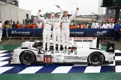 Porsche vainqueur le mans 2015 nick tandy earl bamber nico huelkenberg
