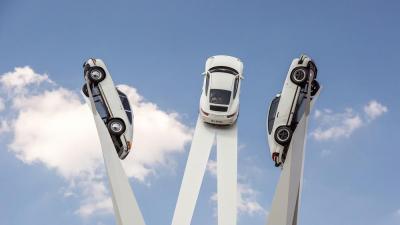 Porscheplatz sculpture 3