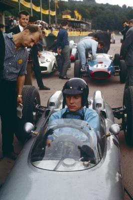 15 july 1962 dan gurney wins the formula 1 grand prix at the solitude with 804 formel 1