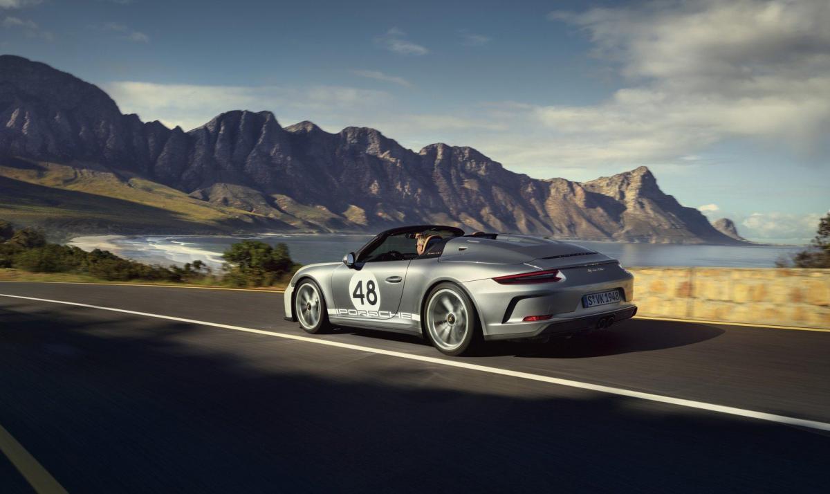 7862098f 2020 porsche 911 speedster heritage design 2
