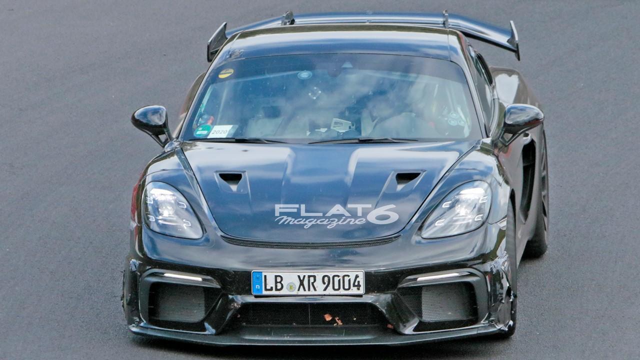 Porsche cayman gt4 rs 6