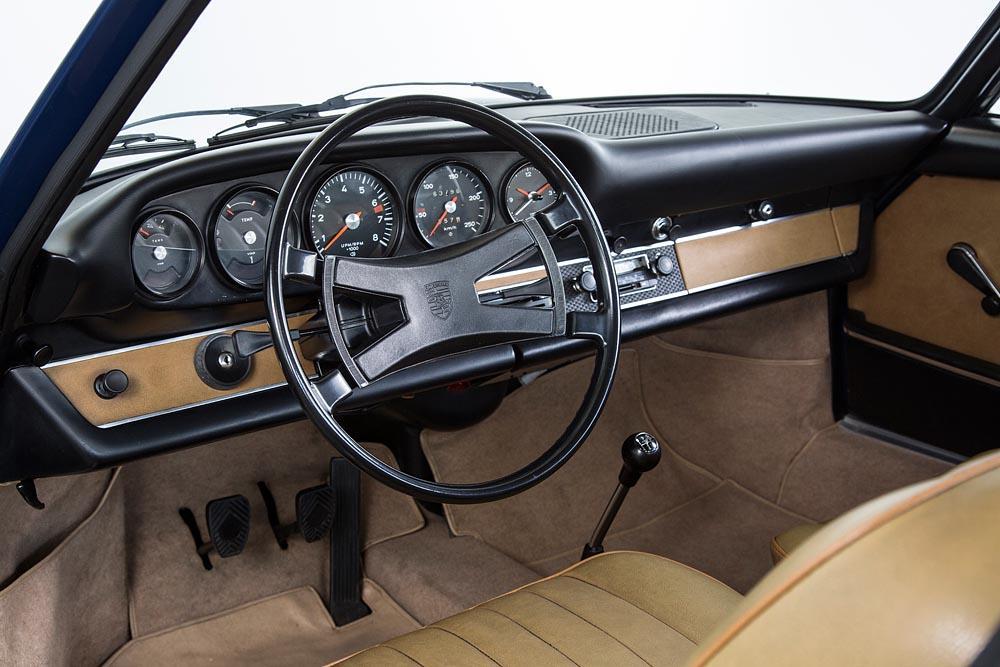 Porsche Oldtimer Dashboard