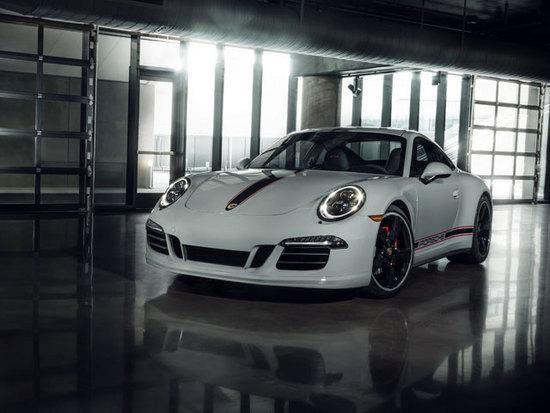 Porsche 911 carrera gts rennsport reunion