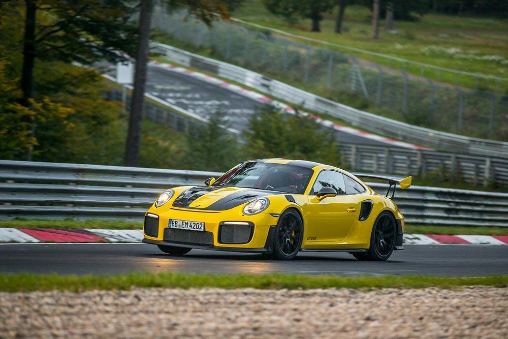 Porsche 911 gt2 rs record nu rburgring 1