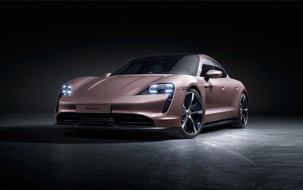 Porsche taycan baie givree avant