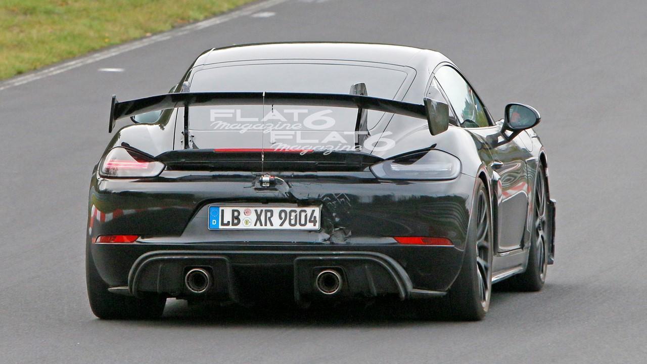 Porsche 718 cyman gt4 rs 2