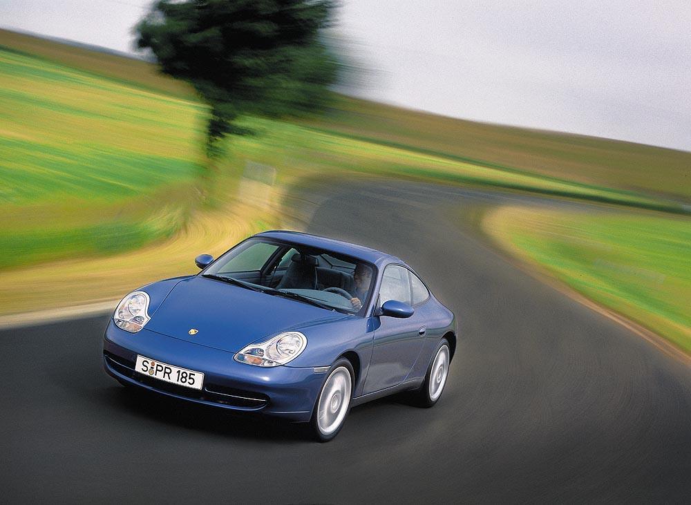 Porsche 996 bleu avant