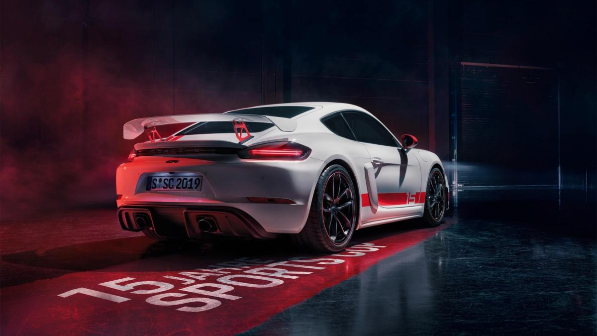 High 718 cayman gt4 sports cup edition 2019 porsche ag 1 1