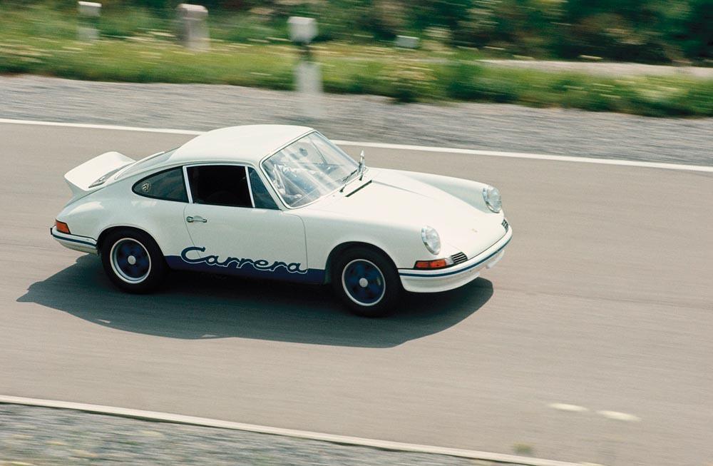 Porsche 911 carrera rs blanc bleu profil