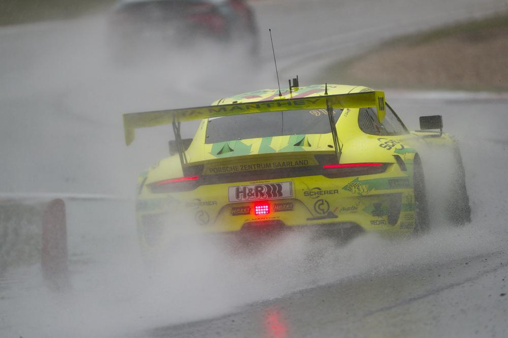 Porsche 911 gt3 r 24h nurburgring 2021 2