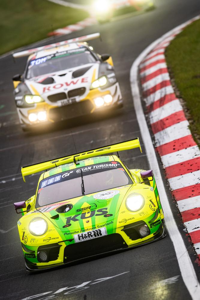 Porsche 911 gt3 r 24h nurburgring 2021 7