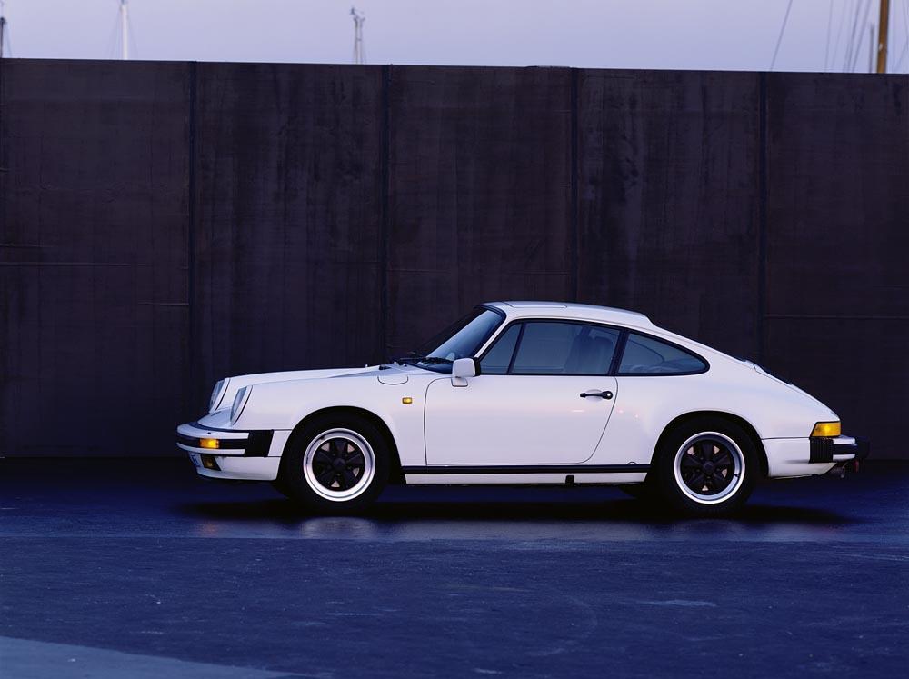 Porsche 911 type g carrera 3 2 blanc profil