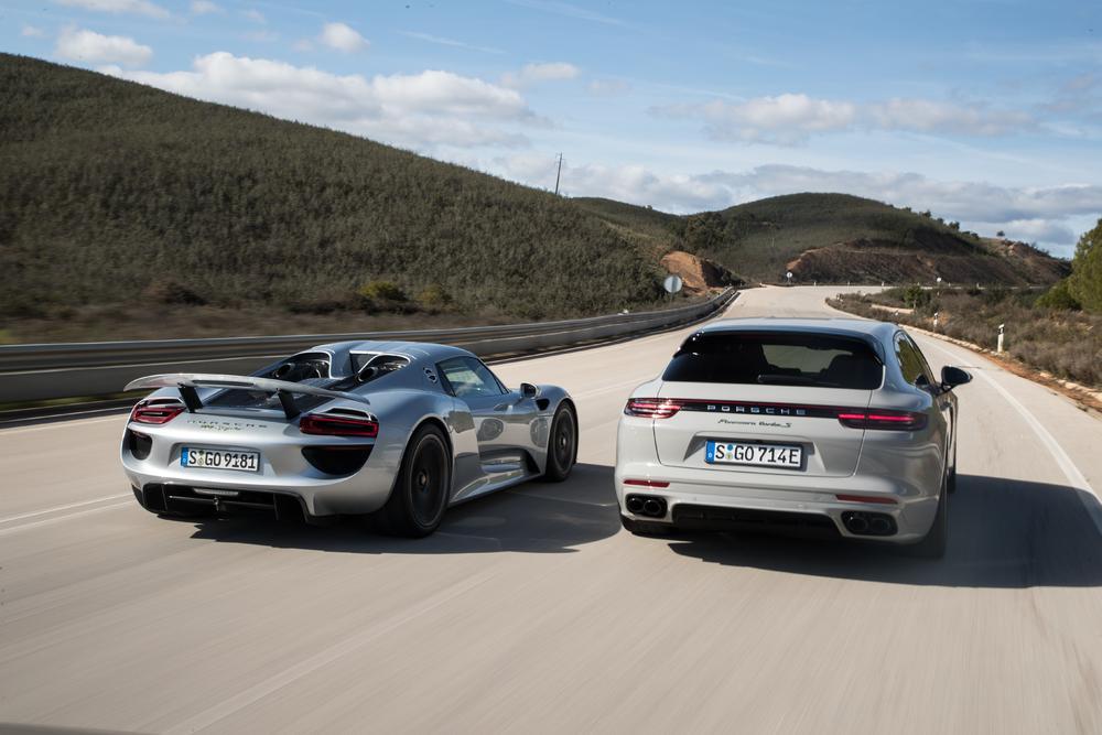 Porsche 918 spyder et panamera hybrid