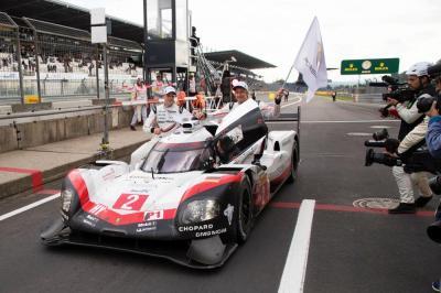 Porsche 919 hybrid porsche lmp team earl bamber timo bernhard brendon hartley