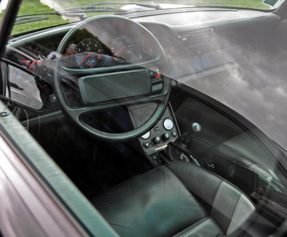 Porsche 930 turbo s sonauto 2