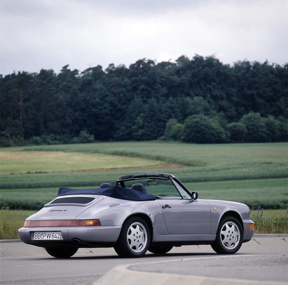 Porsche 964 carrera 4 cabriolet gris arriere