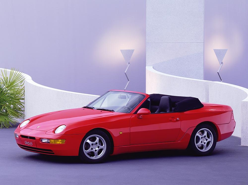 Porsche 968 cabriolet rouge