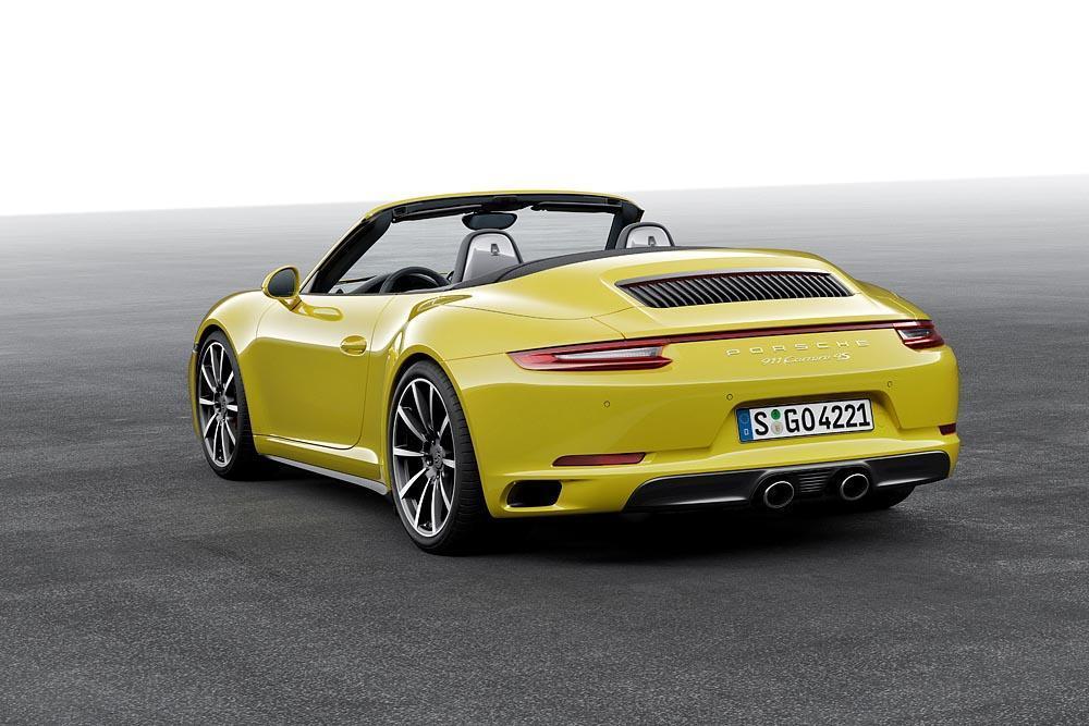 Porsche 991 carrera 4s cabrio phase 2 jaune arriere