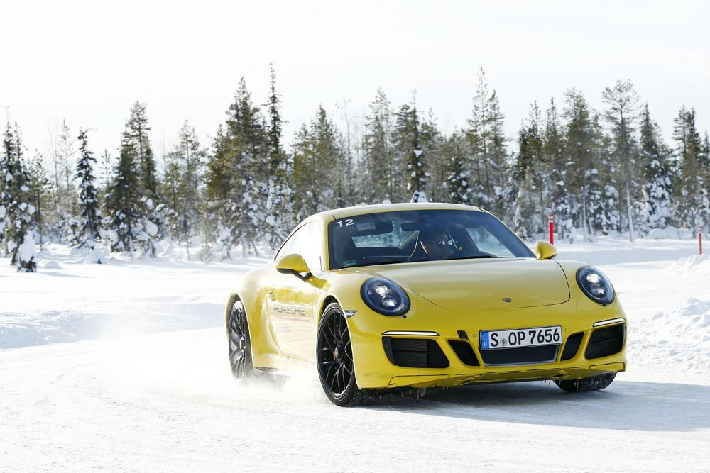 Porsche 991 carrera gts 4