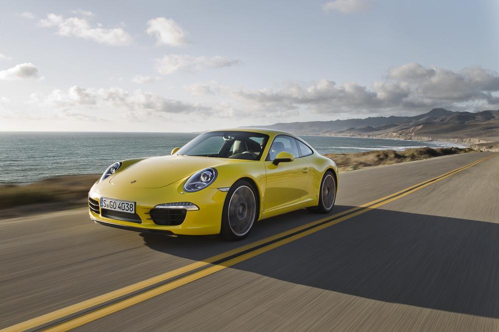 Porsche 991 carrera jaune
