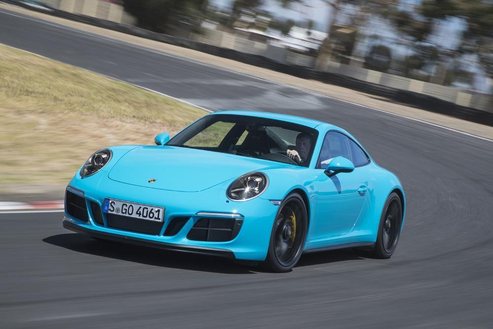Porsche 991 carrera s phase 2 bleu miami avant
