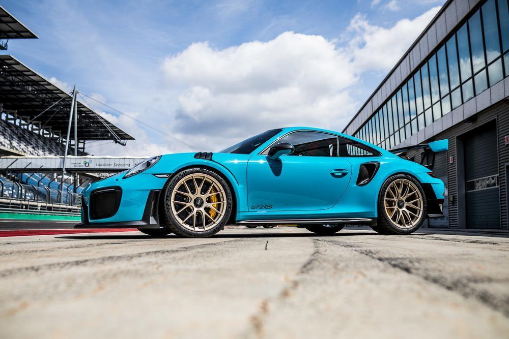 Porsche 991 gt2 rs 11