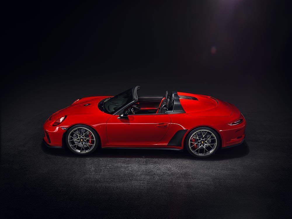Porsche 991 speedster rouge profil