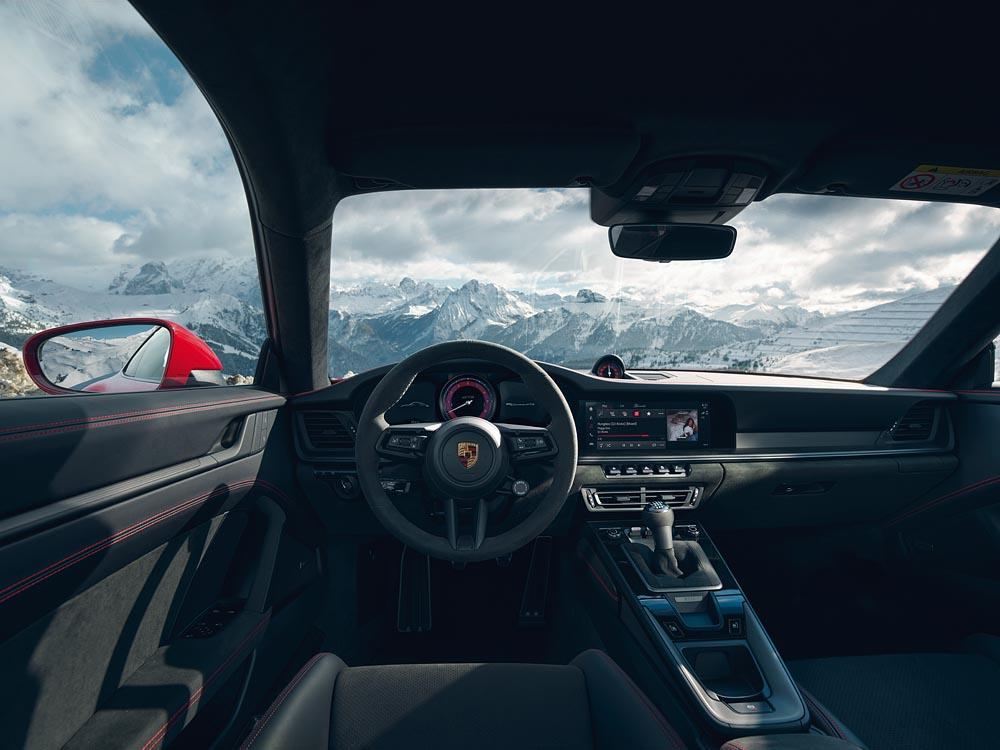 Porsche 992 carrera gts interieur
