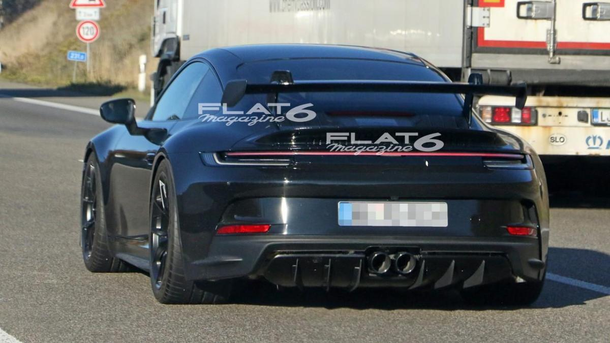Porsche 992 gt3 4