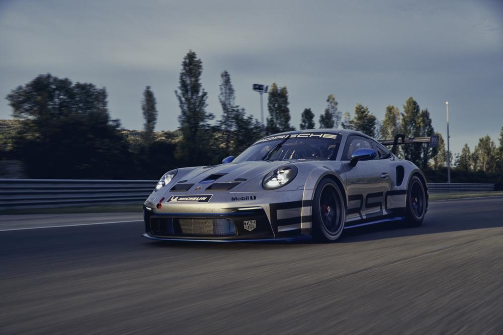 Porsche 992 gt3 cup 3
