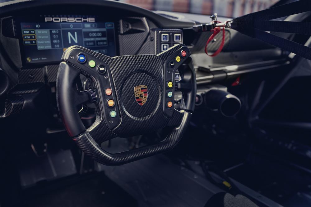 Porsche 992 gt3 cup 6