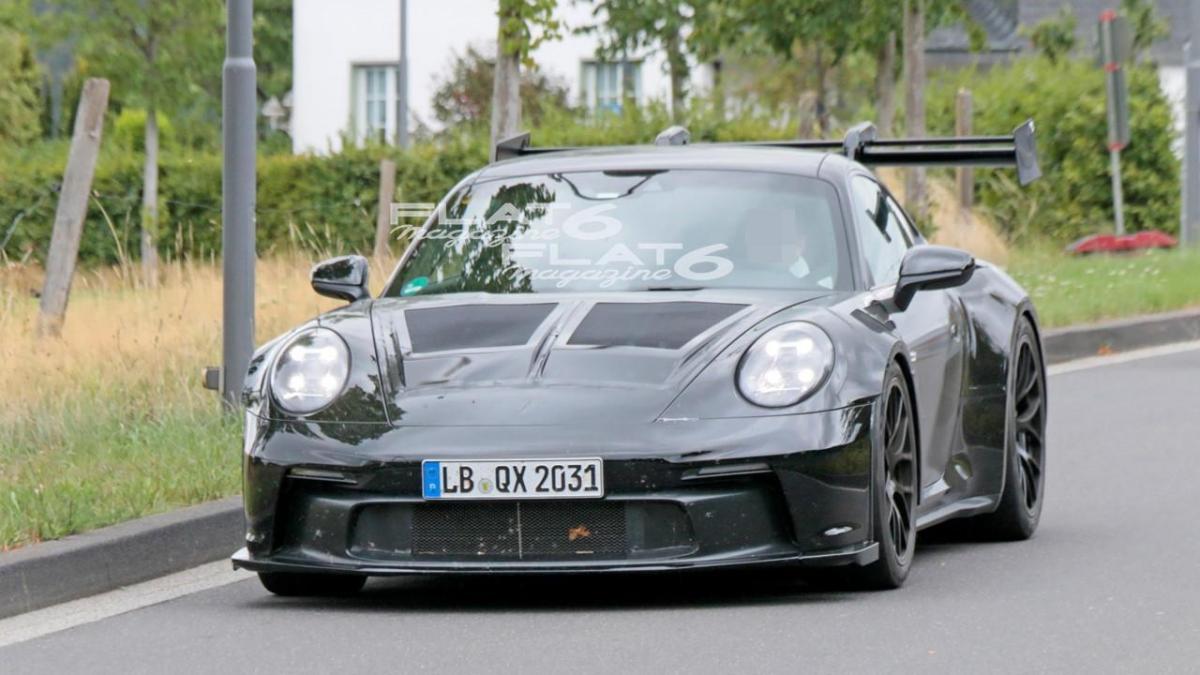Porsche 992 gt3 rs 1