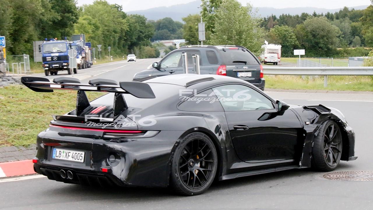 Porsche 992 gt3 rs 4 2